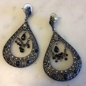 Lovely Decorative Pierced Earrings